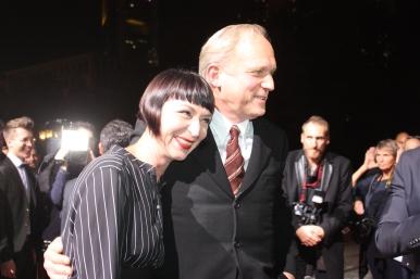 Ulrich Tukur und seine Ehefrau beim Hessischen Film- und Kinopreis 2017