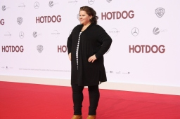"""Nadine Wrietz bei der """"Hot Dog"""" Premiere in Berlin"""