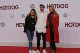 """Ann-Sophie Briest mit ihren Kindern bei der """"Hot Dog"""" Premiere in Berlin"""