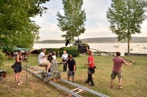 """Dreharbeiten zur """"WaPo Bodensee"""" - Floriane Daniel und Sofie Elfertinger drehen im Garten der wunderschönen Villa am Bodensee"""