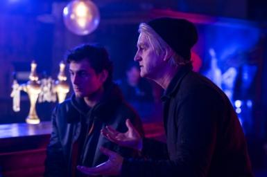 """Detlev Buck und Samuel Schneider am Set von """"Asphaltgorillas"""""""
