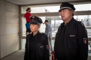 """Rhea Harder-Vennewald und Bruno F. Apitz in """"Notruf Hafenkante"""""""