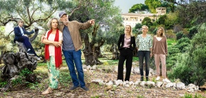 """Jude West, Michaela May, Michael Gwisdek, Sandra Borgmann, Anja Schiffel und Ursula Karven in """"So einfach stirbt man nicht"""""""