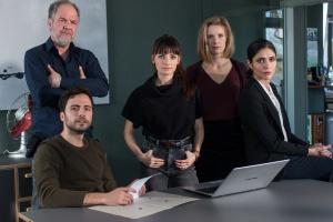 """Garry Fischmann, Marek Erhardt, Paula Schramm, Anna von Haebler und Sarah Khan in """"Soko Hamburg"""""""