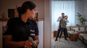 "Aybi Era in ""Notruf Hafenkante"""