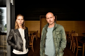 "Nora Waldstätten Matthias Koeberlin in ""Die Toten vom Bodensee - Die Meerjungfrau"""